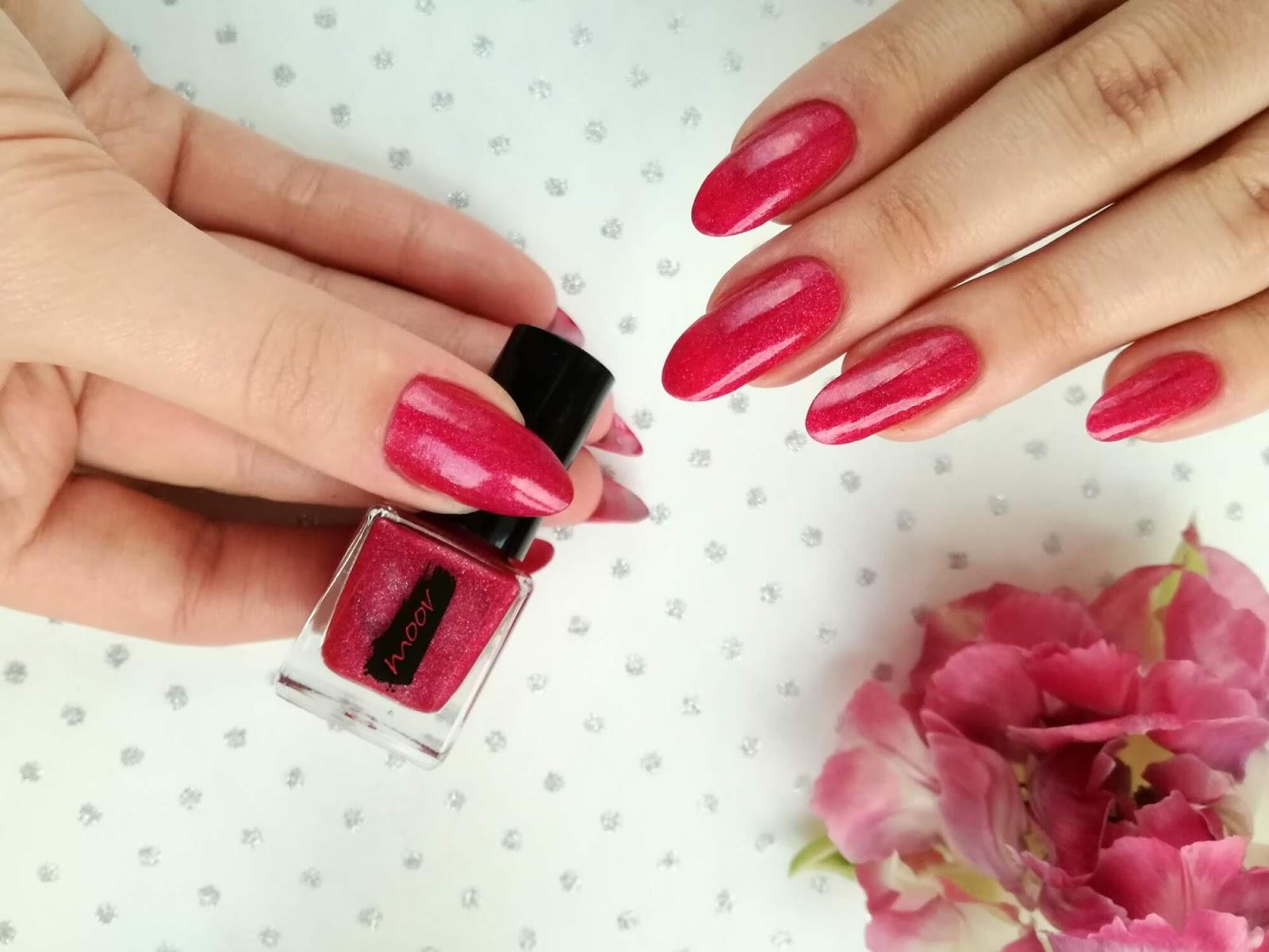 różowy lakier moov swatch