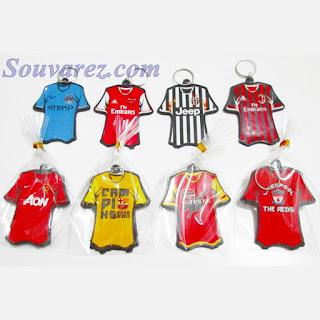 Souvenir Gantungan Kunci Baju Bola