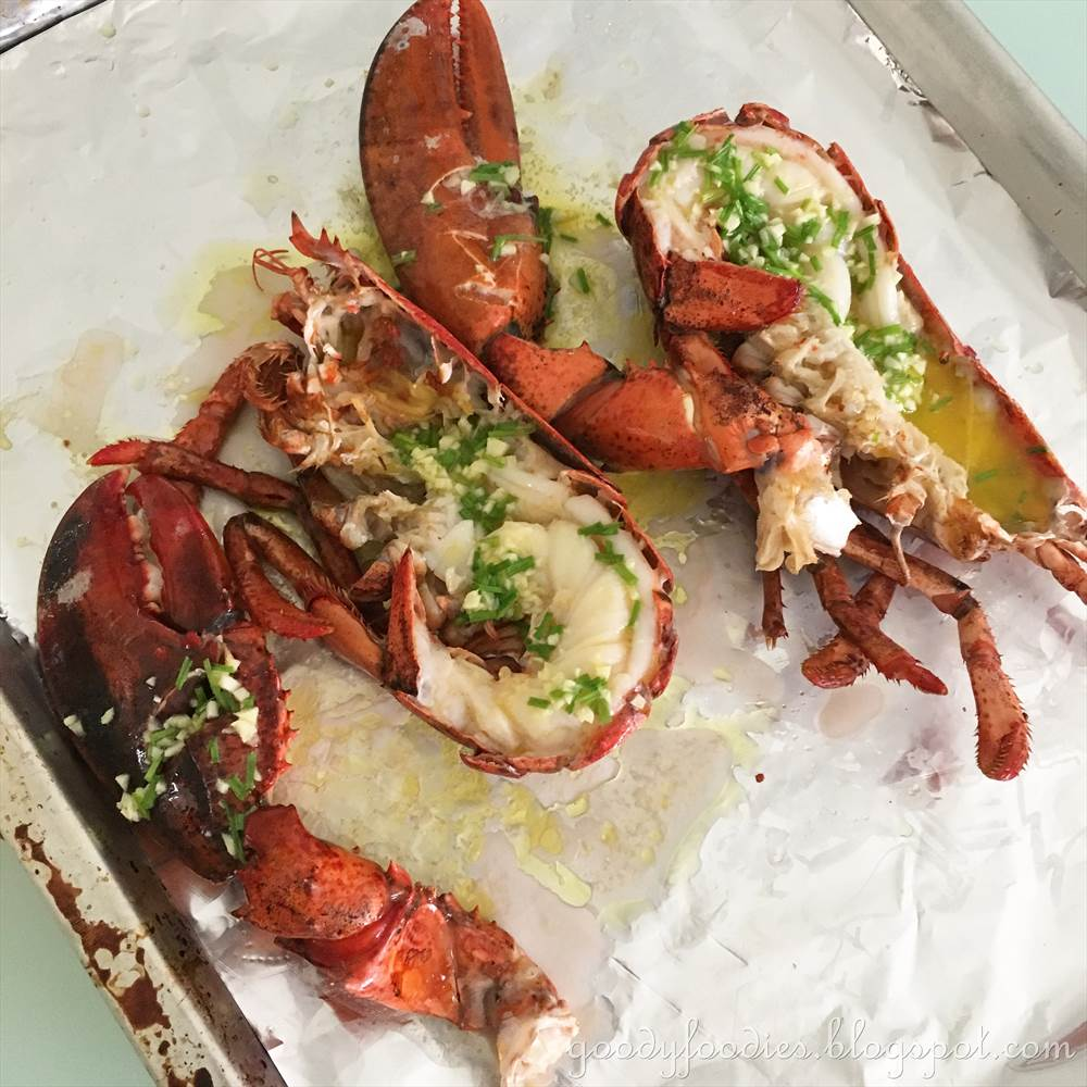 GoodyFoodies: Recipe: Oven-Grilled Lobster with Herb Garlic Butter