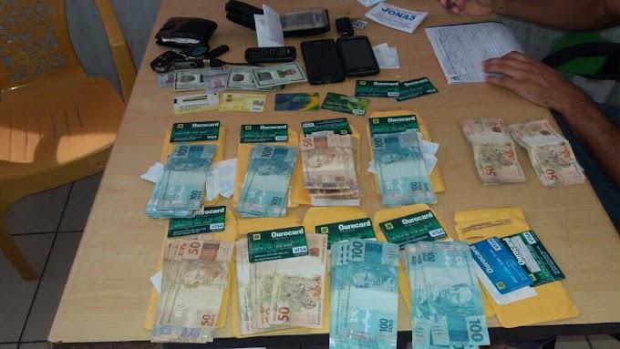 POLICIA MILITAR EM COELHO NETO DETÉM DUPLA COM VÁRIOS CARTÕES DO BANCO DO BRASIL