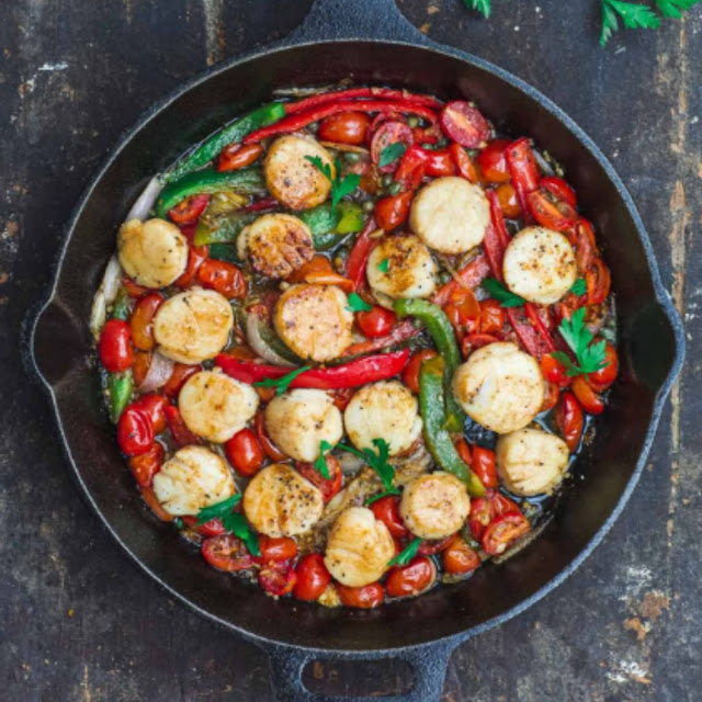 Easy Mediterranean-Style Scallops Recipe