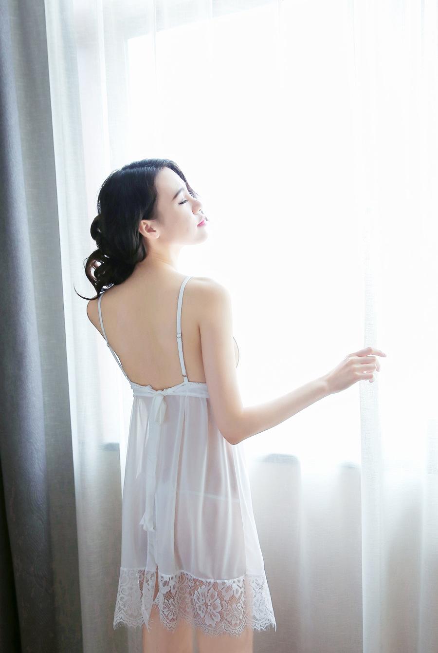 Đầm ngủ hở lưng quyến rũ sexy 10