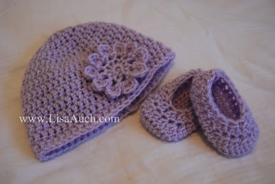 Free crochet pattern baby hat and booties Easy