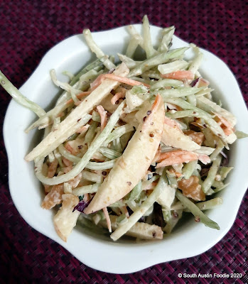 Broccoli slaw with apples