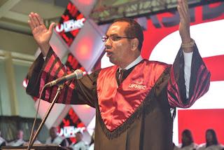 La universidad UFHEC afirma contribuye al desarrollo del país con 29,952 profesionales graduados en 29 años de fundada