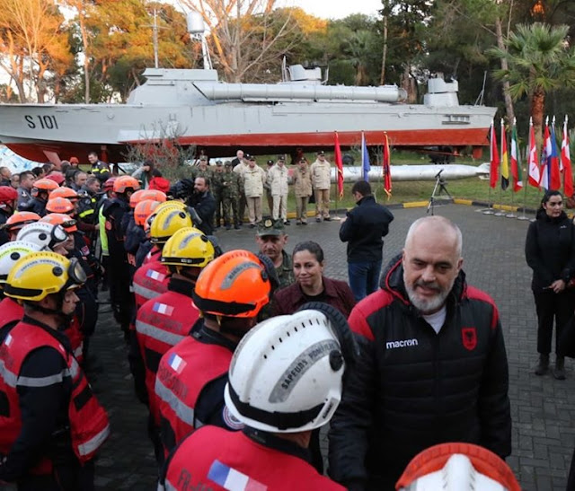Rama met the foreign rescue teams: You are true friends, no one will forget what you did for us!