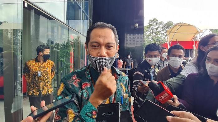 Jokowi Minta 'Diselamatkan' Tapi 51 Pegawai Tetap 'Disingkirkan', KPK Bilang Begini