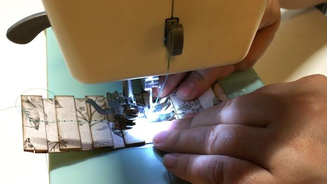 Alice Scraps Wonderland | Pretty Paper Pleats Tutorial
