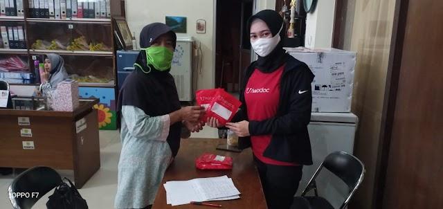 Pemberian Bantuan Masker Bantuan Dari Halodoc Menjadi Kota Hijau