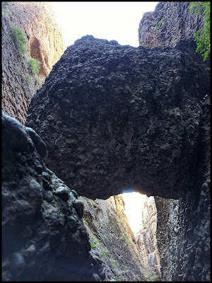 Boulder You Need to Walk Under in Maple Box Canyon