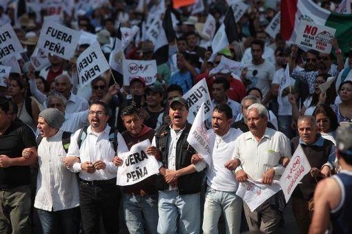 """Educadores mexicanos se unen a protestas contra """"gasolinazo"""""""