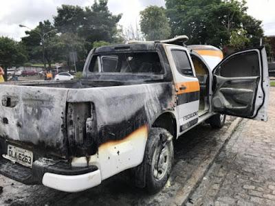 Em Maceió,  PC prende homem que ateou fogo em veículo da SMTT