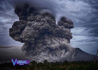 Contoh Teks Eksplanasi Singkat Gunung Meletus Beserta Strukturnya