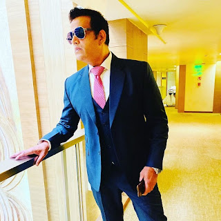 Ravi Kishan Height, Weight, Age, Girlfriends, Biography, Movies List, Controversies and More!!