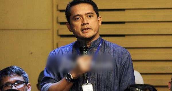 Cuit Dosen FH UI: @univ_indonesia, Kamu Memalukan!