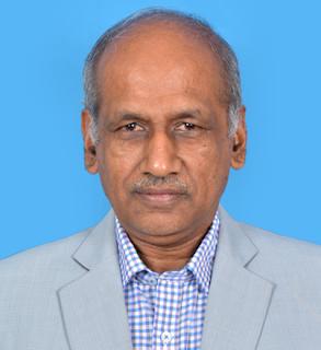தேர்தல் ஆணையர் யார் a) முனைவர் இரா. பழனிசாமி