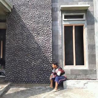 Selesai pemasangan batu alam