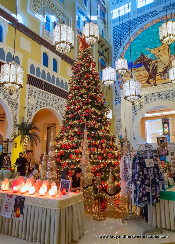 gift ideas in Movenpick Ibn Battuta Christmas market