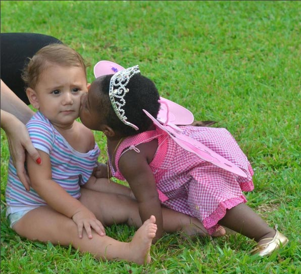 Aww! Have you seen this picture of Davido's cute daughter kissing another kid