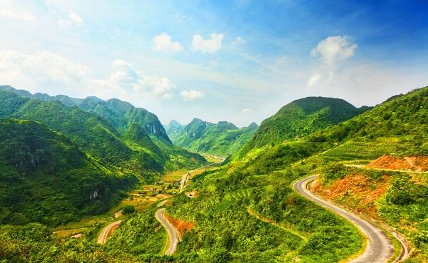 """Con đường """"Hạnh phúc"""" ở Đồng Văn - Hà Giang huyền thoại- ảnh 01"""