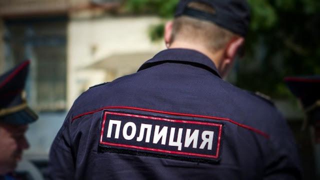 В Башкирии хулиганы избили сотрудника полиции.