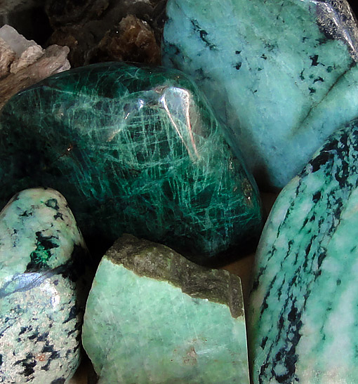 A picture from most common sold jadeite