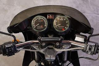 xlcr 1000 1977 cockpit