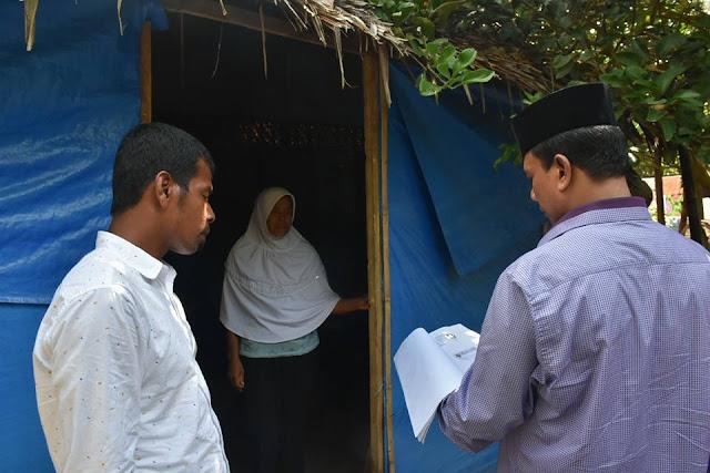[Foto] Bupati Bireuen Kunjungi Rumah Warga Tak Layak Huni