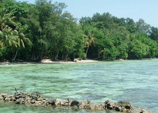 http://www.teluklove.com/2017/04/destinasti-objek-wisata-pulau-kotok.html