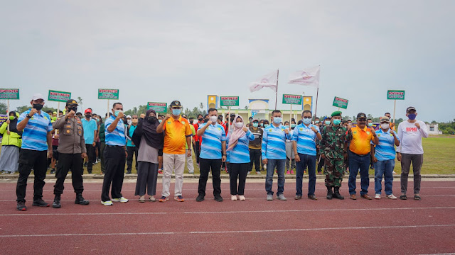 Bupati M Nizar Membuka Kejurda Atletik Kabupaten Lingga Tahun 2021