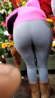 Señora guapa cola redonda yoga pants