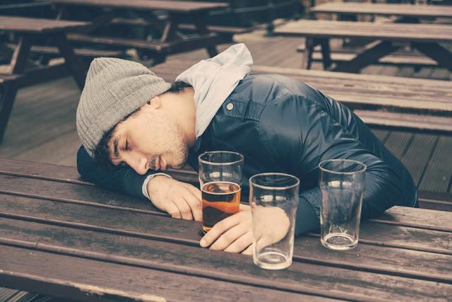 Γιατί κάποιοι άνθρωποι είναι πιο ανθεκτικοί στο αλκοόλ;