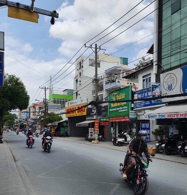 Bán nhà mặt tiền 10 mét phường Tân Hưng đang cho thuê 60 triệu [1x tỷ]