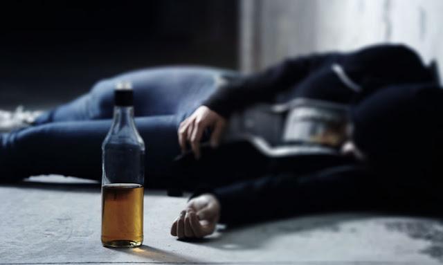 وفاة 320 إيرانيا بالكحول المزعوم للوقاية من الـ كورونا