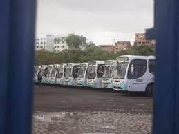 Frota de ônibus parados em todo o país.