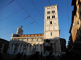 昼下がりのサン・マルティーノ大聖堂