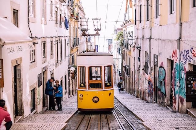 tram Lisbona foto