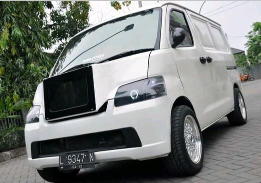 Foto Terbaru Modifikasi Elegan Mobil Daihatsu Gran Max