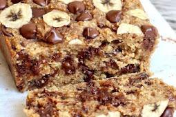 4-Ingredient Flourless Chocolate Chip Banana Bread
