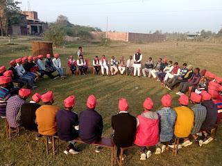 युवाओं और किसानों के साथ भाजपा सरकार कर रही सौतेला व्यवहार