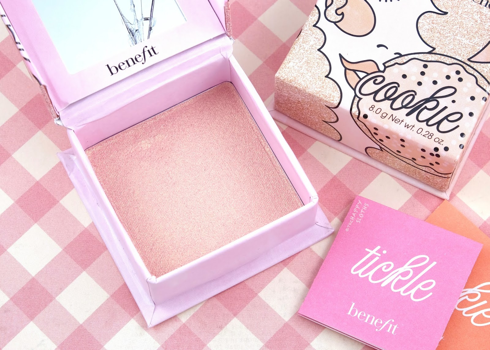 Benefit Cosmetics | Tickle Highlighter: Review and Swatches