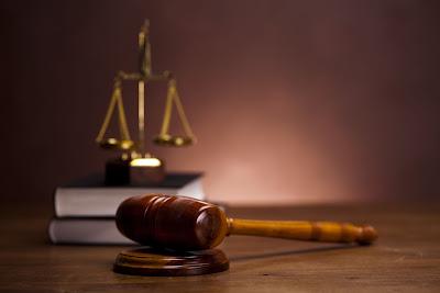 क्या आप भी जानते हैं इस जानें भारत के 9 अजब गजब कानून