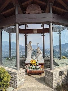 Madonna del Riposo overlooking Selvino.