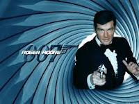 Addio Roger Moore: interpretò 7 volte James Bond