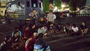 14 Pemuda di amankan, pesta miras jenis Arak