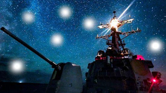 UFO a caccia di cacciatorpedinieri USA al largo della California
