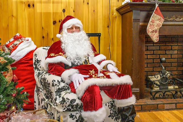 Santa visits the Shelton House
