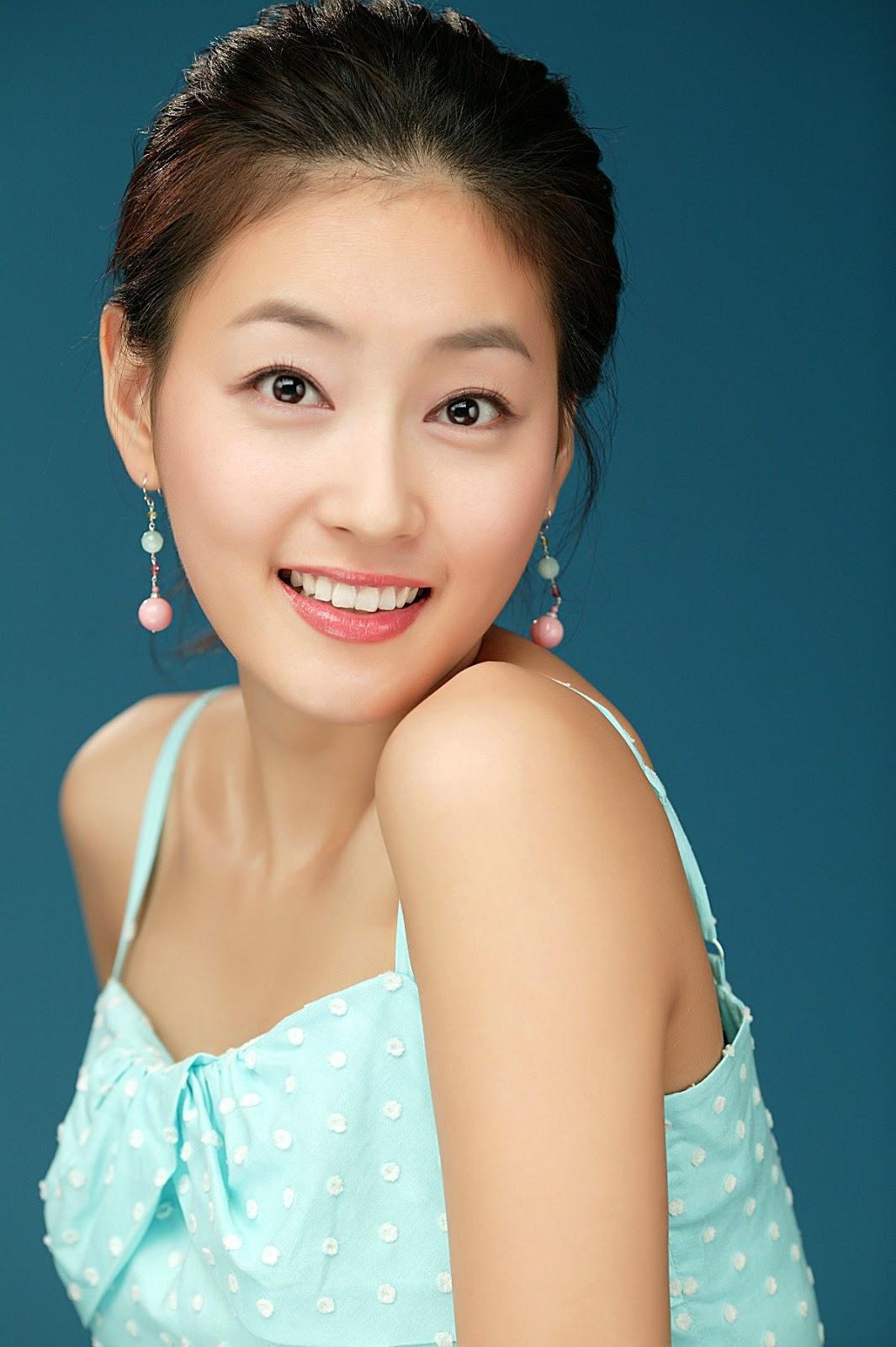 Model Cantik Korea Park Jin Hee