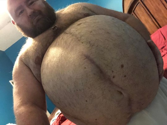 Meet the 500lb erotic weight gainer eating 10k calories a day