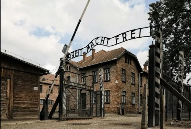Nazi Germany | The Spirit Of The People Is Shaken To Hear The Name Gate Of Death